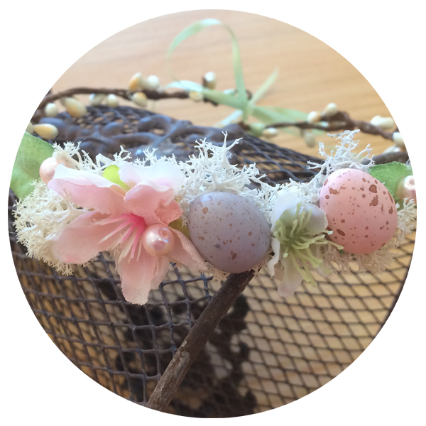 Baby Crown Easter Egg Floral